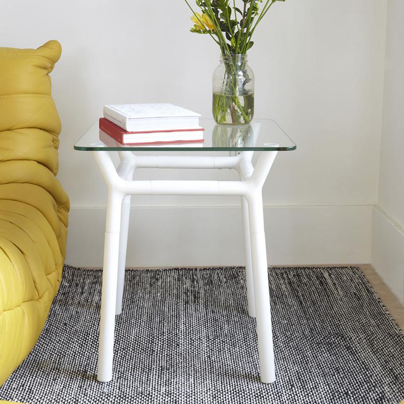 Столик придиванный konnect белый от Roomble