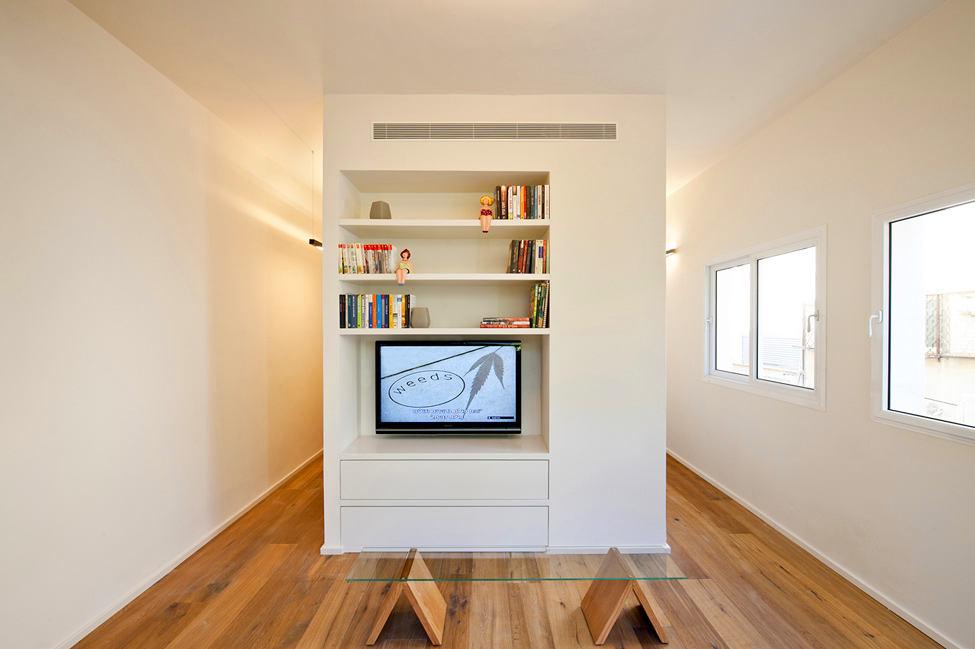 Гостиная, холл в цветах: желтый, светло-серый, белый, бежевый. Гостиная, холл в стиле минимализм.
