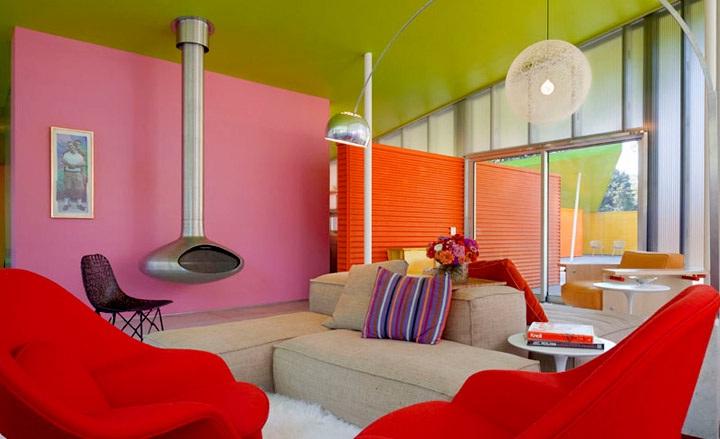 Гостиная, холл в цветах: серый, светло-серый, бордовый, бежевый. Гостиная, холл в стилях: поп-арт.