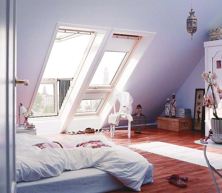 Спальня в цветах: серый, светло-серый, бордовый, бежевый. Спальня в стиле средиземноморский стиль.